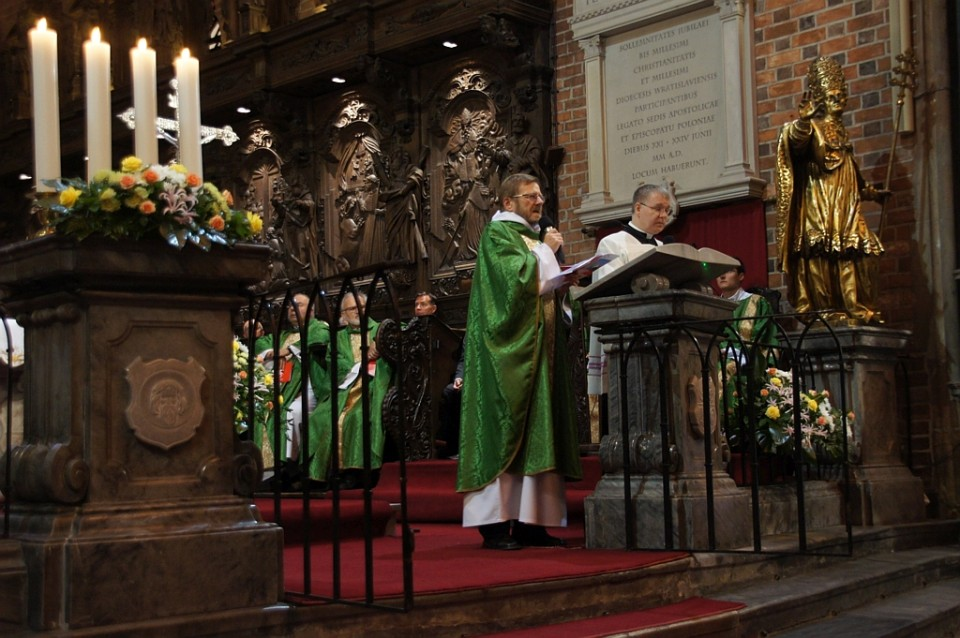 47f5100e tłumaczenie powitania ks prob katedralnego katedra