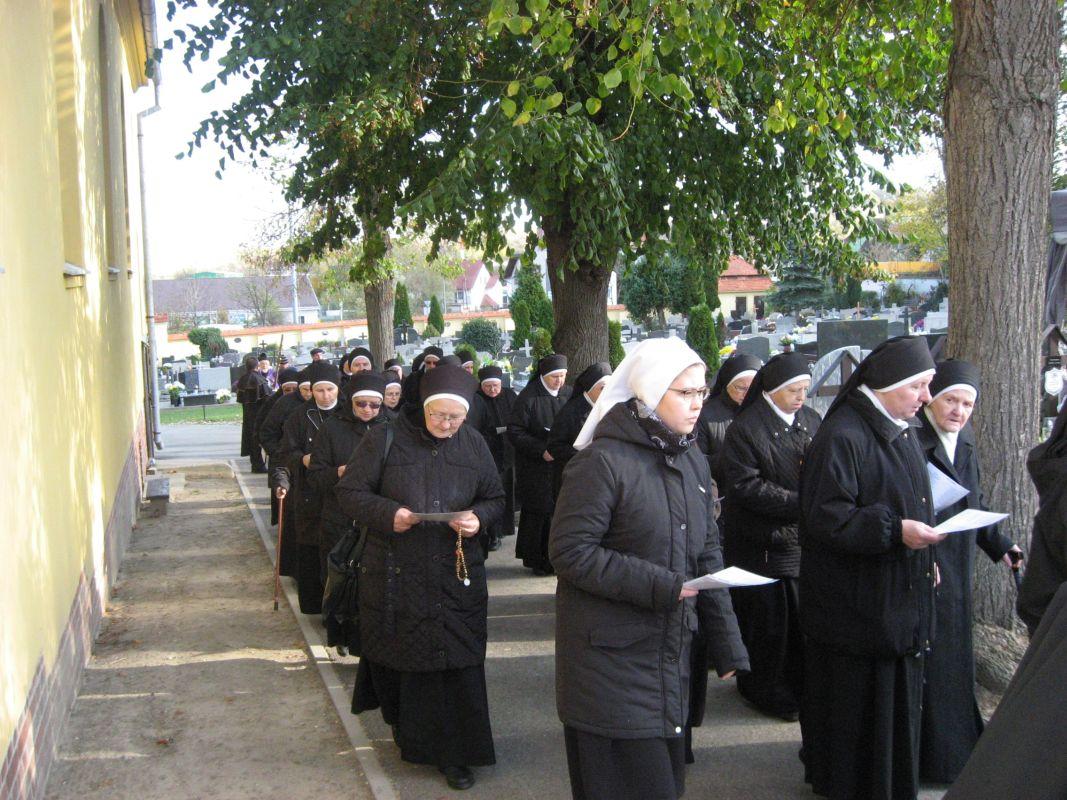 Beerdigung-S-Scholastika-Trebnitz-9561